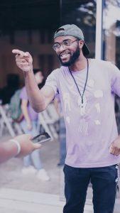 attendee pointing san antonio startup week